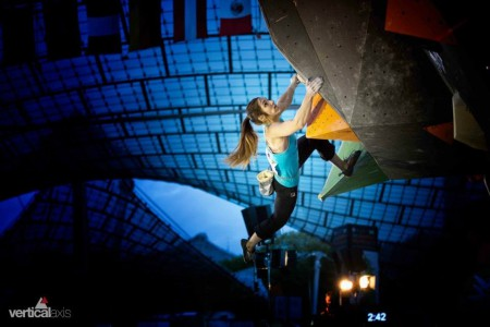 Boulder Weltcup münchen 2013-7 Foto Vertical-Axis.de