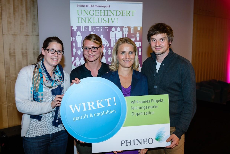 Auszeichnung mit Phineo Wirkt-Siegel