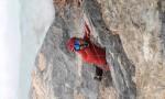 """Simon Gietl und Vittorio Messini begehen die """"Eiserne Jungfrau"""" (M8+, WI6, ca. 110 m)"""