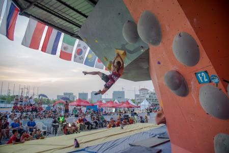 IFSC World Cup Haiyang 2015 (BOULDERING)