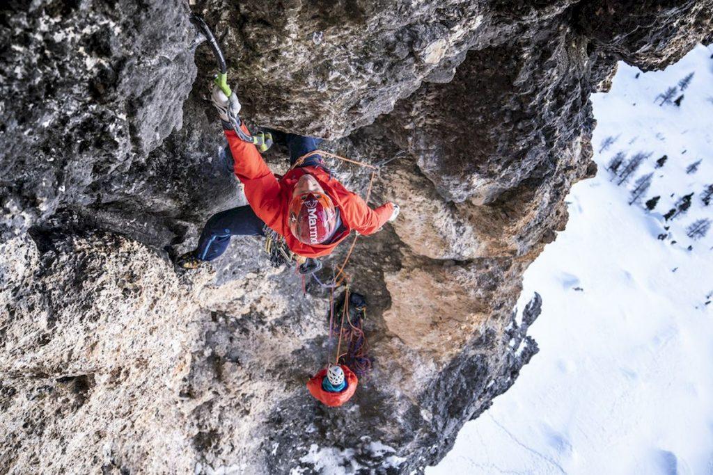 """""""Full contact"""" (M9) 180m  – eine spezielle Komposition aus Fels und Eis die Albert Leichtfried & Benedikt Purner am 19. Januar 2020 erstbegangen haben."""