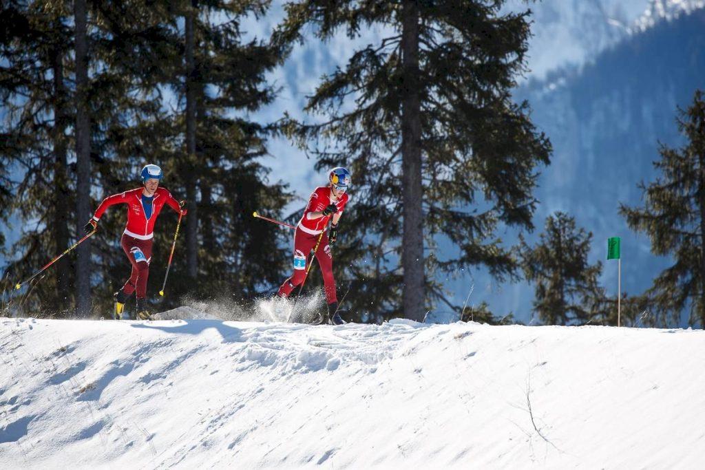 Über fünf Aufstiege, zwei Tragestrecken und fünf Abfahrten hinweg - insgesamt 1600 Höhenmeter - blieb Toni Palzer immer an der Spitzengruppe dran. Mal war er an vierter, mal an