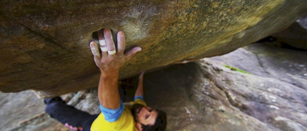 Bouldern Titelbilder kletterszene