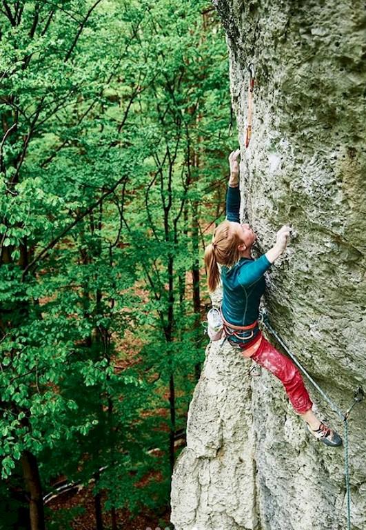 Martina Demmel klettert 8c