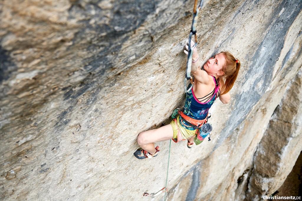 Martina Demmel klettern in Frankenjura