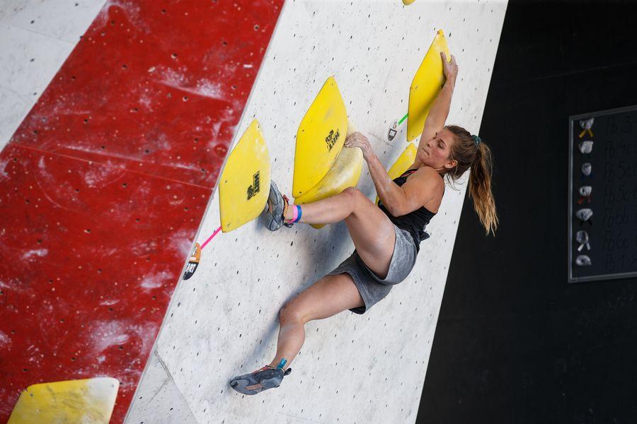 Florence Grünewald Bouldern Klettern Deutsche Meisterschaft