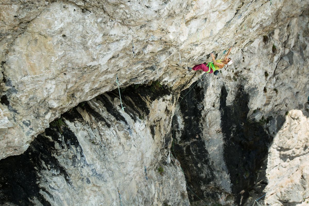 angy eiter klettert madame ching (9b)
