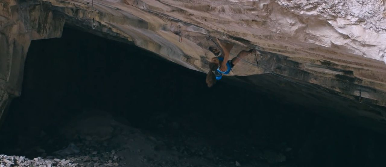 Laura Rogora Pure dreaming plus (9a+) kletterszene