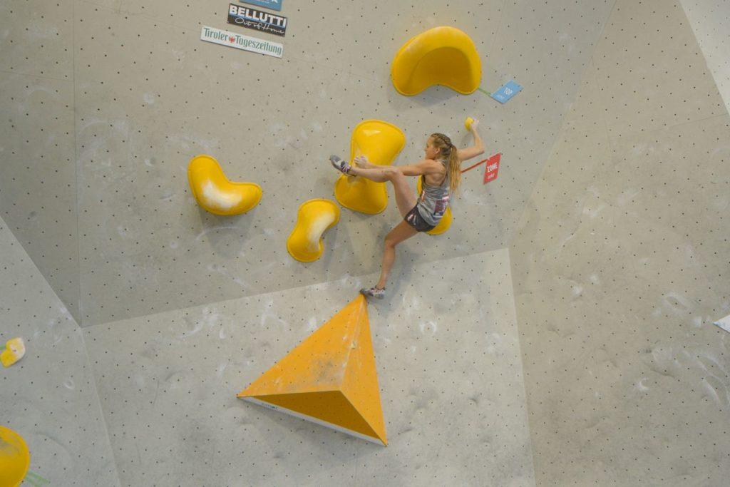 Jessica Pilz Olympia Bouldertraining