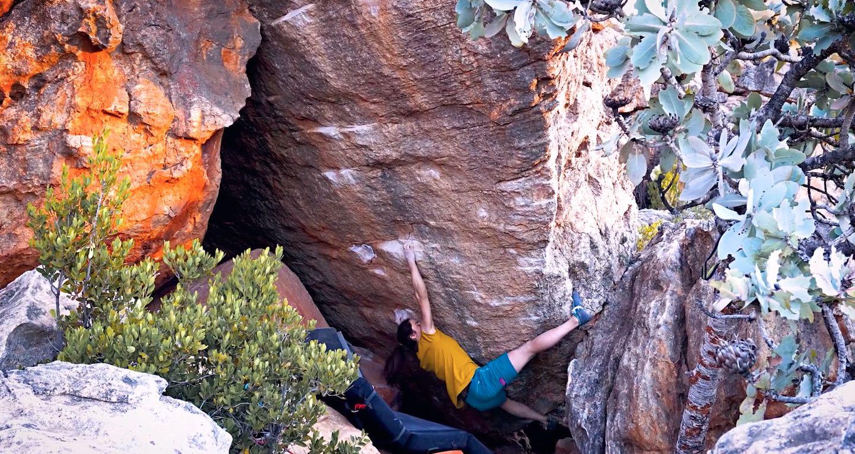 staša gejo bouldering Mooiste Meisie (8B)