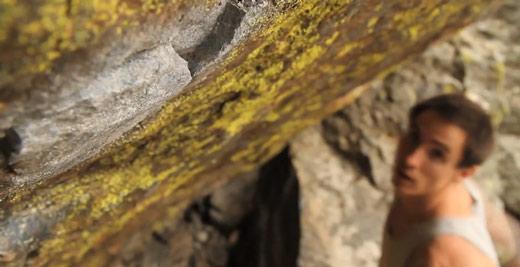 carlo_traversi_jade_rmnp_bouldering
