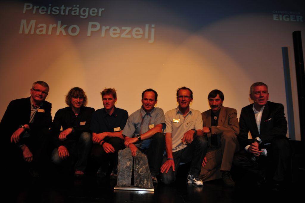 eiger-award-grindelwald-2010_gewinner-marko-prezelj-mit-nominations-jury