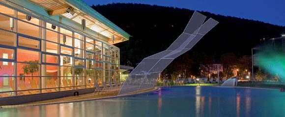therme-mit-wand