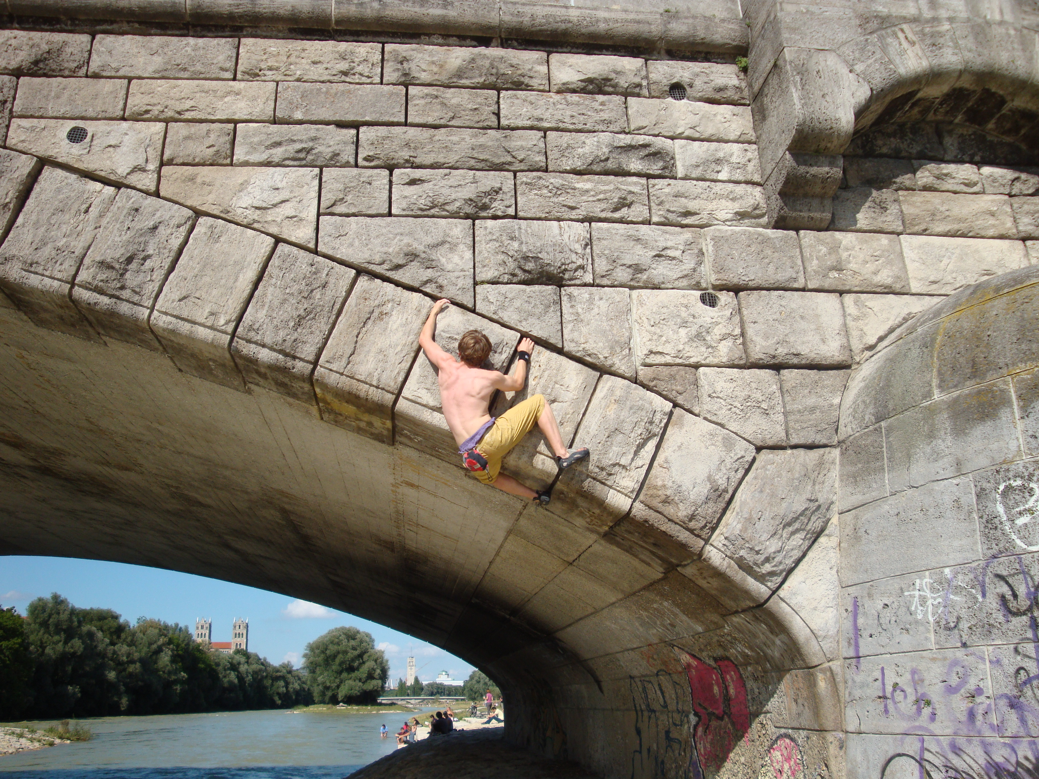 Buildering in München…One city, different cultures